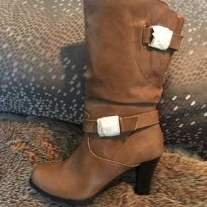 Style & Co boots size 9.5